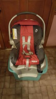 Graco Car Seat/ Carrier