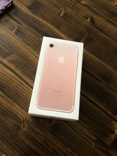 Rose gold iPhone 7 for Verizon