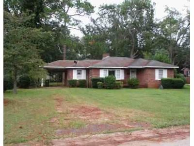 2 Bed 1 Bath Foreclosure Property in Fort Valley, GA 31030 - Chamlee Dr