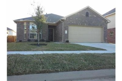 194 Rodeo Drive in Manvel, TX