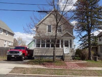 4 Bed 2 Bath Foreclosure Property in Ludlow, MA 01056 - Hampden St