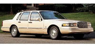 1997 Lincoln Town Car Signature (Not Given)