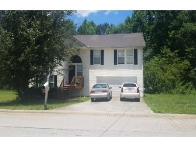 5 Bed 3.0 Bath Preforeclosure Property in Douglasville, GA 30134 - Bramble Oak Dr