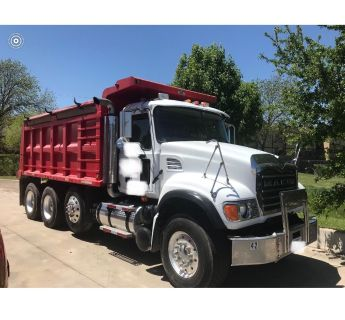 06 Mack dump truck