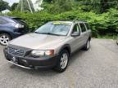 Used 2004 VOLVO V70 For Sale