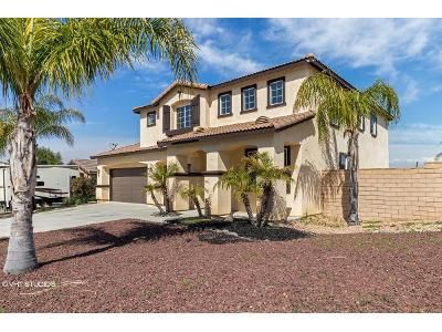 4 Bed 3 Bath Foreclosure Property in Lake Elsinore, CA 92530 - Morning Dove Ct