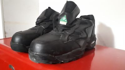 Mens safety steel toe shoes