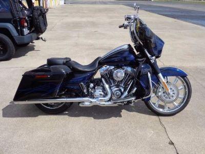 2016 Harley-Davidson® Touring Street Glide® CVO™ Street Glide®