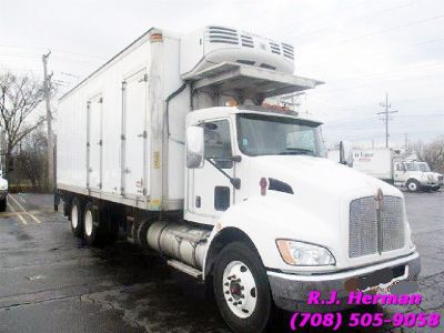 2011 Kenworth Tandem 24 ft Refrigerated Straight Truck