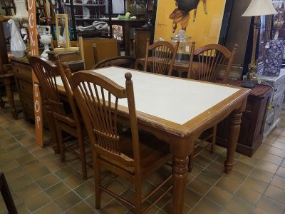 Kitchen table with 4 chairs $150 plus tax
