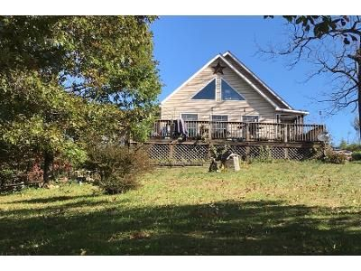 3 Bed 2 Bath Preforeclosure Property in Buchanan, VA 24066 - S Lee Hwy