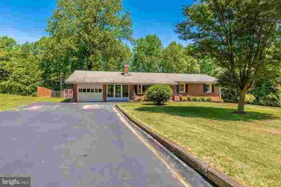 4830 Teen Barnes Rd FREDERICK Four BR, An amazing opportunity to