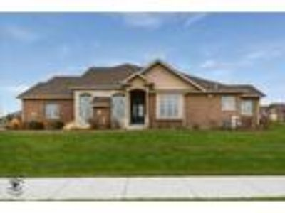 Frankfort Two BR, 8890 Holland Harbor Circle