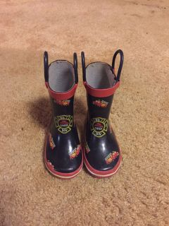 Firefighter rain boots toddler size 4