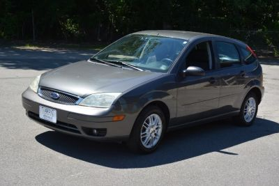 2005 Ford Focus ZX5 S (Liquid Grey Metallic)
