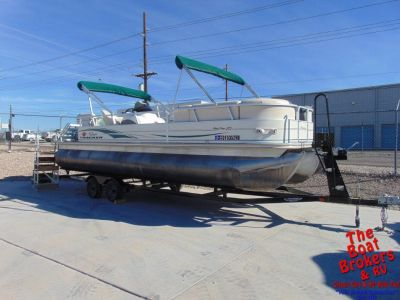 2004 SUN TRACKER 25′ PARTY BARGE TRIPLE TUBE