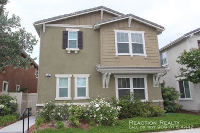 3 bedroom in Eastvale