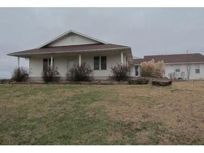 3 Bed 2 Bath Foreclosure Property in Golden City, MO 64748 - E State Route Vv