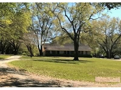 3 Bed 2.5 Bath Foreclosure Property in Kiln, MS 39556 - Hubert Dedeaux Rd