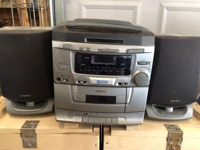 Audiovox CD player with tape deck. Cross posted front porch pick up in Carrington.