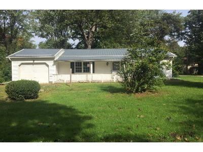2 Bed 1.0 Bath Preforeclosure Property in Conneaut, OH 44030 - White St