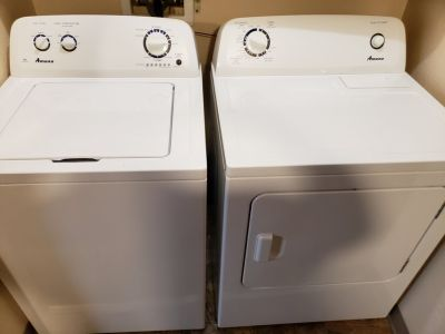 2016 Amana Washer & Dryer with 5 month transferable warrenty