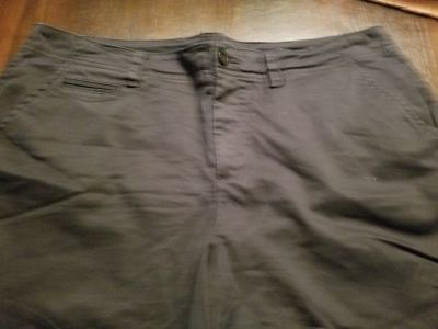 St John's Bay black shorts, sz 16