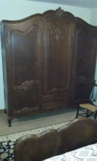 Antique Bedroom Set w/Vanity