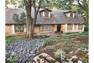 Spacious Home in Wooded Family Neighborhood