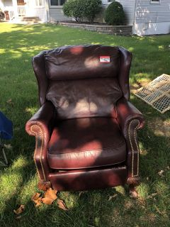 Red Wing Back Reclining Leather Chair