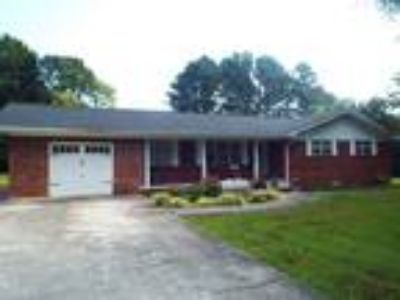 Home for sale or real estate at 2515 Robin Hood Drive SE Cleveland TN 37323-6128