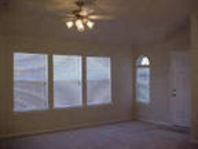 Huffman Three BR Two BA, Status: active Price: $1195 City: Square