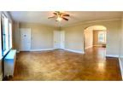 Country Club Apartments - 1 BR