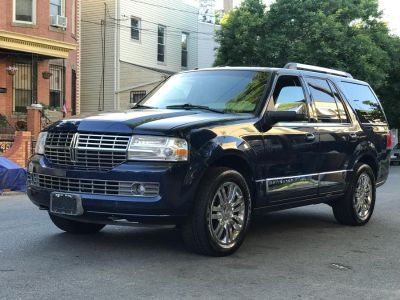 2007 Lincoln Navigator Luxury (Dark Blue Pearl)