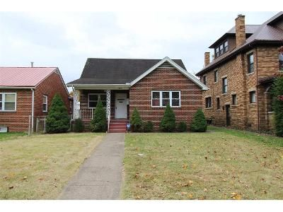 4 Bed 2 Bath Foreclosure Property in Huntington, WV 25704 - Jefferson Ave