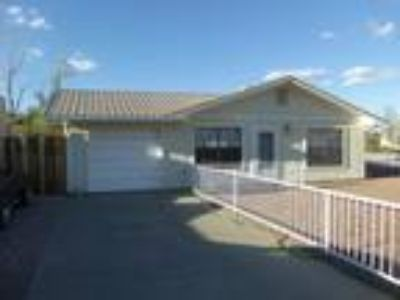 Three BR 1.5 BA 1,000 sqft house in Gallup, NM