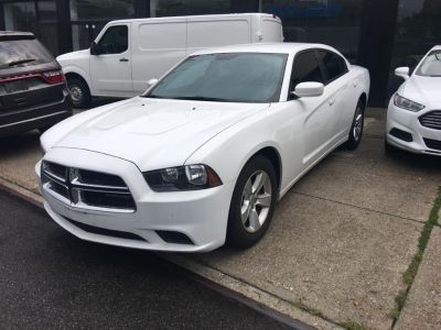 2011 Dodge Charger SE (White)