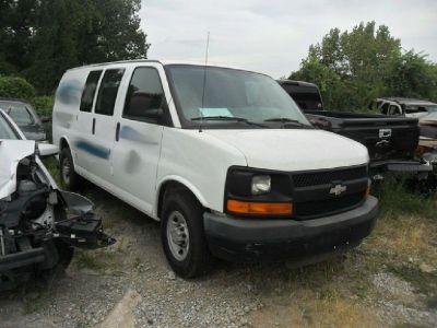2009 Chevrolet Express 3500 Cargo Van RTR# 8083112-01