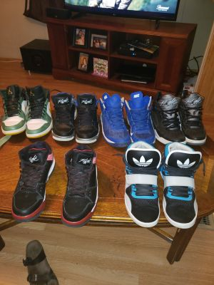 Shoes each 25 and up make offer