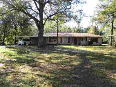360 Timberlane Vidor Four BR, Spacious home nestled in School