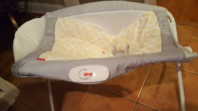 Fisher Price baby Napper