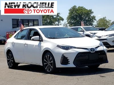 2017 Toyota Corolla L (Super White)