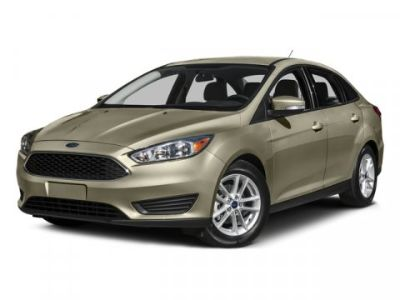 2015 Ford Focus SE (White)