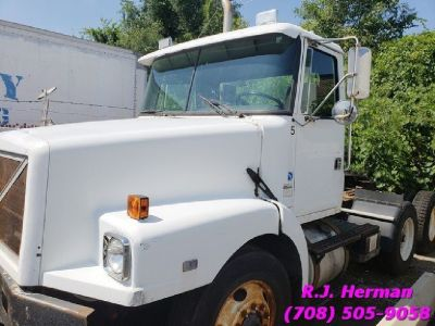 1991 W Model Volvo Tandem Daycab Tractor