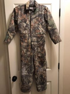 Insulated youth jumpsuit for hunting or playing in the cold. Tag says sz 12 but fits like 8/10