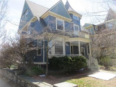 1 Bed 1 Bath Foreclosure Property in Providence, RI 02907 - Adelaide Ave Ap