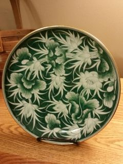 VINTAGE HAND PAINTED IN THIALAND CABINET PLATE