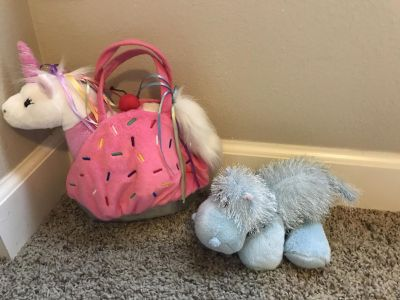 Webkins Lot with Carrier