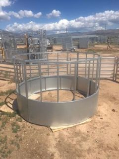 Single Round Bail Cattle Hay Feeder