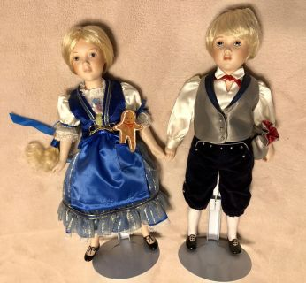 Hantzel and Gretel porcelain doll set 12